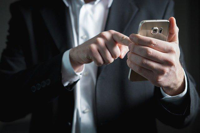 Whatsapp wordt vaak door zakelijke gebruikers met een eSIM gebruikt